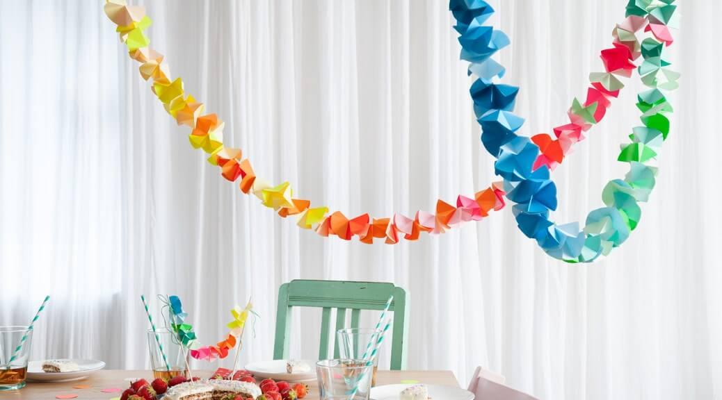 WLKMNDYS // Happy Monday DIY // Origamigirlande