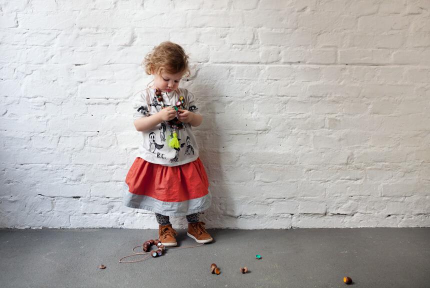 Basteln mit Kindern im Herbst: Bunte Herbstketten selber machen