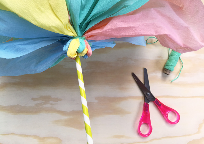 WLKMNDYS // happy Monday DIY // Flower Pops Einladung