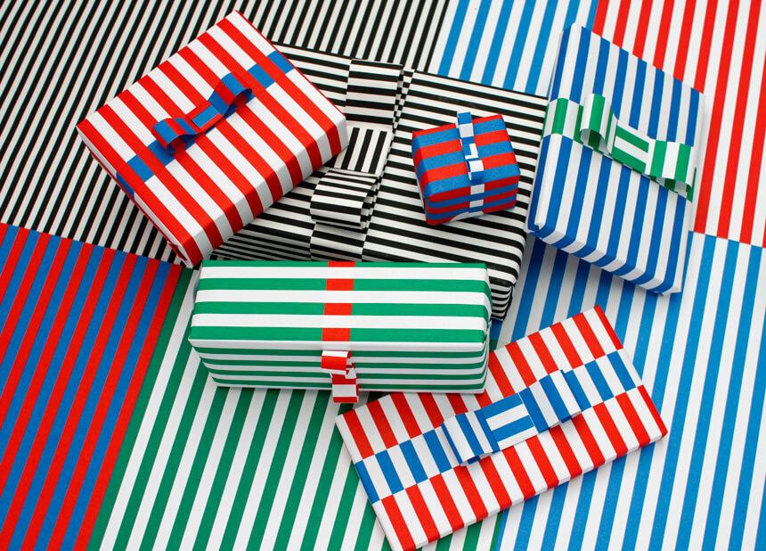 Gestreiftes Geschenkpapier für Weihnachten selber ausdrucken: Gestreifte Geschenke – WLKMNDYS DIY Blog