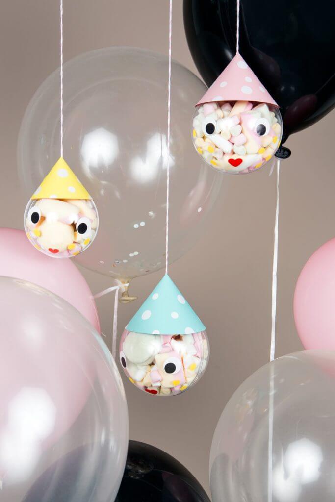 Bunte Marshmallow-Köpfe als Dekoration für die nächste Kinderparty: WLKMNDYS DIY Blog