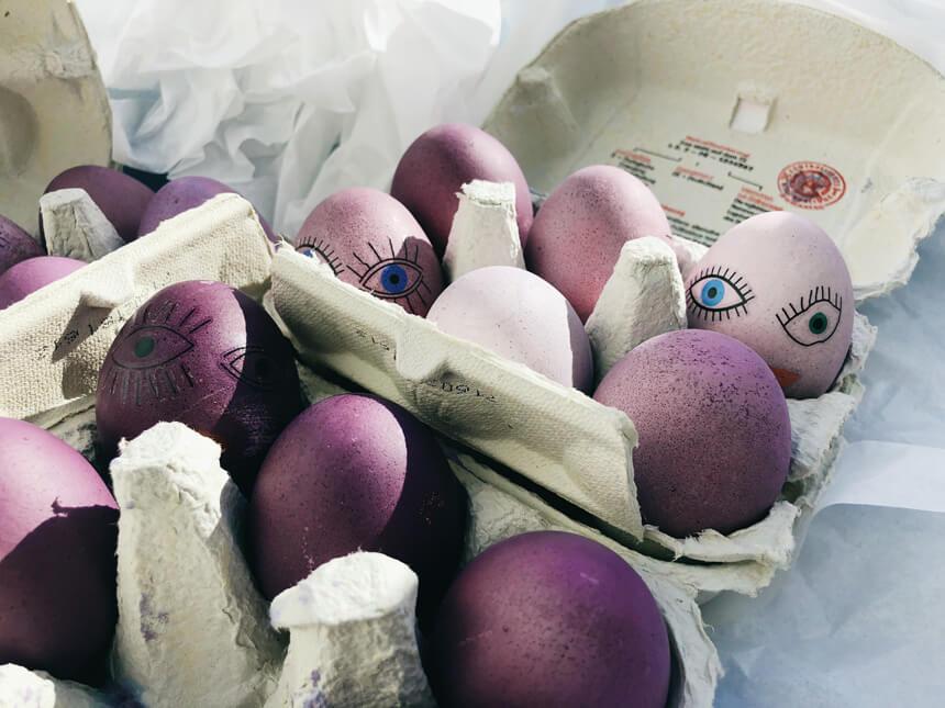 Ostereier mit Naturfarben färben - Ombre Ostereier basteln