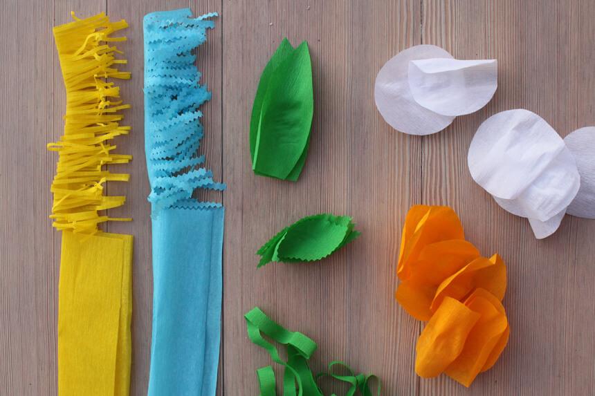 Papierblumen mit Kindern basteln - Anleitung Step 2