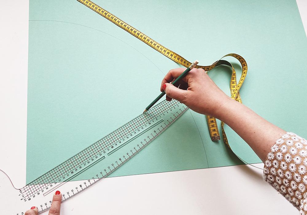 Schultüten Rohling selbst basteln - die richtige Größe für die Öffnung finden