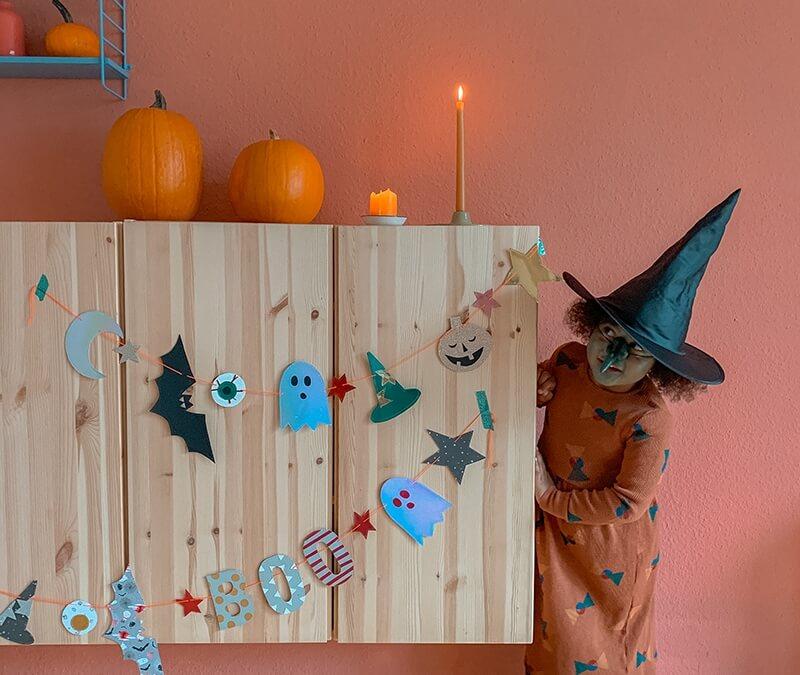 Eine Halloween Prickelvorlage für gruselig süße Girlanden
