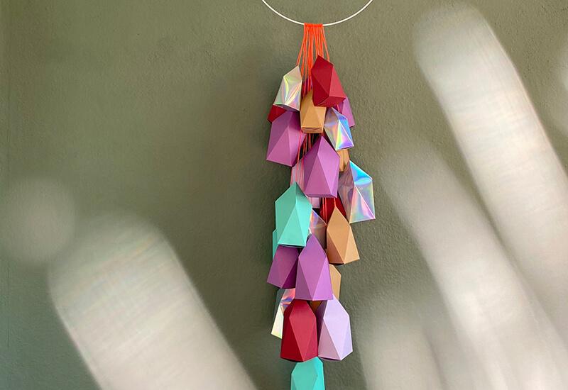Einzigartig schön: 24 Adventshäuser einfach aus Bastelpapier bauen