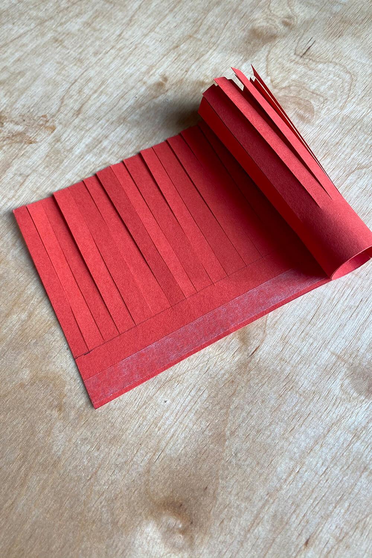 Quasten aus Papier basteln