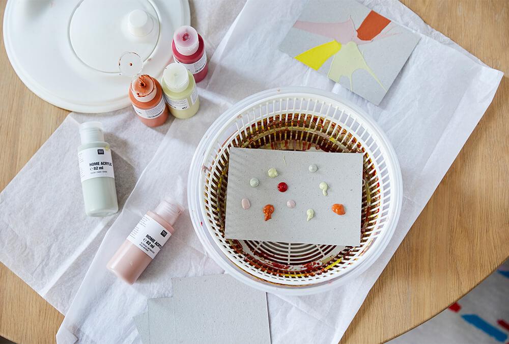 Malen mit Salatschleuder